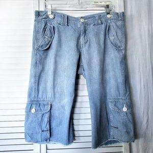 Lucky Brand  light wash denim crop shorts 12/31